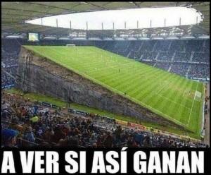 imagenes chistosas de futbol a ver si ganan 300x248 Imágenes Chistosas de Fútbol para Whatsapp