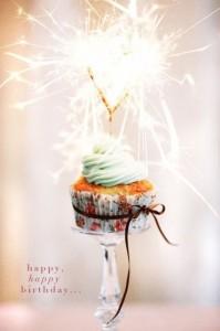 imagenes de cumpleaños en ingles linda y colorida 199x300 Imágenes Cumpleaños en Ingles para Whatsapp