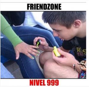 imagenes super chistosas para whatsapp friendzone 300x293 35 Imágenes Super Chistosas para Whatsapp